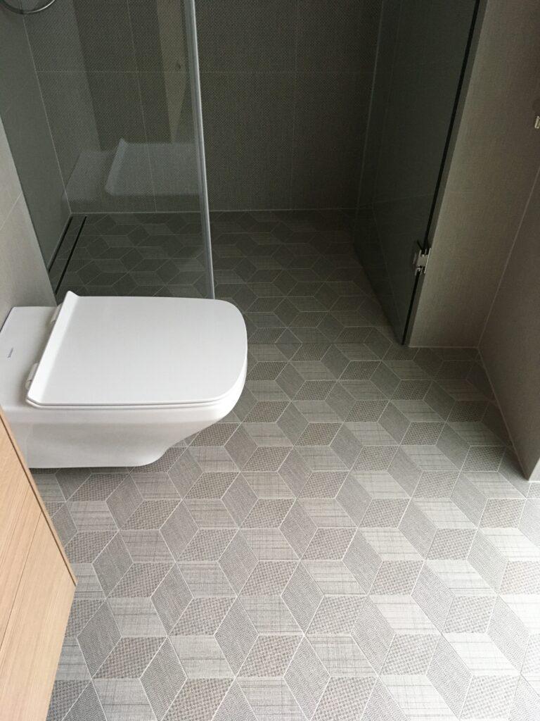 vannitoa-plaatimine